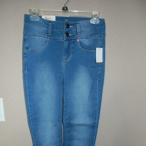 NWT MUDD Jeans Double Buttons on Front Waist High